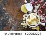 Cocoa Butter In White Ceramic...