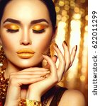 gold woman skin. beauty fashion ...   Shutterstock . vector #622011299