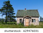 Small photo of Abandoned Old House