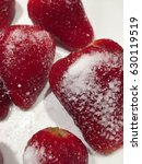 "Small photo of Strawberry ""de-lite"": strawberries with sweetener"