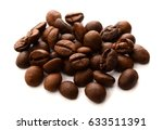 roasted coffee beans isolated... | Shutterstock . vector #633511391