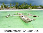 Traditional Fishing Wooden Boa...