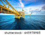 offshore oil and gas rig... | Shutterstock . vector #645978985