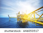 offshore oil and gas rig... | Shutterstock . vector #646053517