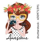cute photographer girl vector... | Shutterstock .eps vector #650971591