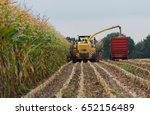 Harvest Corn Harvester And...