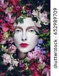 beautiful flower queen   Shutterstock . vector #652989709