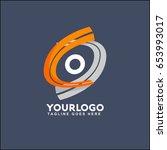 o letter logo runway circle... | Shutterstock .eps vector #653993017