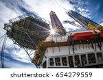oil rig | Shutterstock . vector #654279559