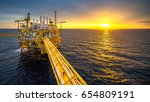 industrial offshore oil and gas ... | Shutterstock . vector #654809191
