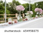 flowers settings decoration... | Shutterstock . vector #654958375