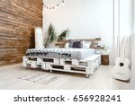 decor design with pallets bed ...