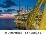 offshore oil and gas industry.... | Shutterstock . vector #657605161