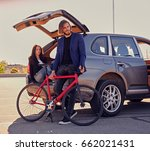 urban couple with single speed... | Shutterstock . vector #662021431