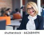 customer service representative ...   Shutterstock . vector #662684494