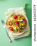 Spiralized Courgette Salad Wit...