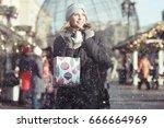 Girl Outside Snow Winter Autum...
