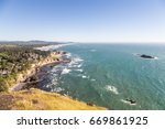 stunning view of the pacific... | Shutterstock . vector #669861925