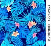 seamless pattern of leaves... | Shutterstock .eps vector #670919821