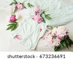 glamor elegant evening party... | Shutterstock . vector #673236691