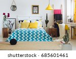 Trendy geometric decor in...