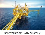 offshore oil and gas rig... | Shutterstock . vector #687585919