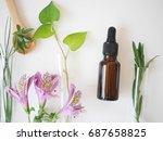 natural skincare bottle...   Shutterstock . vector #687658825