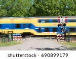 Small photo of railway crossing