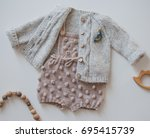 romper   Shutterstock . vector #695415739