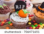 Halloween Cupcakes With...