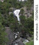 Rocky Boulders Line A Cascadin...