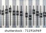 Sound Mixer. Professional Audi...