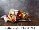 Fresh Baguette Sandwiches Bahn...