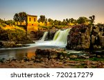 Small photo of The falls that give their name to the city - Sioux Falls, South Dakota.