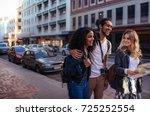 woman tourist using navigation...   Shutterstock . vector #725252554