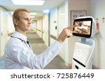 robotic advisor service... | Shutterstock . vector #725876449