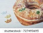 roscon de reyes  spanish three... | Shutterstock . vector #727493695