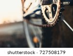 the front sprocket on the bike... | Shutterstock . vector #727508179