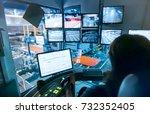 abstract  blurry  bokeh...   Shutterstock . vector #732352405