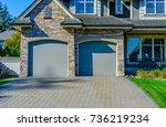 garage  garage doors and...   Shutterstock . vector #736219234