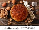 galette des rois | Shutterstock . vector #737640667