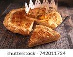 epiphany cake | Shutterstock . vector #742011724