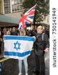 4th November 2017, London, United Kingdom:-Pro Isreali protesters counter demonstrate a pro Palestine rally in central London - stock photo