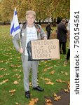 4th November 2017, London, United Kingdom:-Pro isreali protester attends a pro palestine protest outside the US embassy in London - stock photo