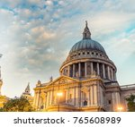 london landmark   uk.   Shutterstock . vector #765608989