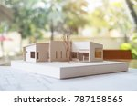 An Architecture Model With Sho...