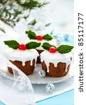 Christmas Mini  Cakes With...