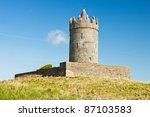 Doonagore Castle Near Doolin ...