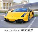 Постер, плакат: Lamborghini Gallardo takes part