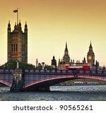houses of parliament  big ben...